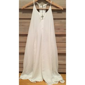 Dresses & Skirts - White A-line keyhole dress from AR boutique